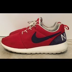 Nike Roshe One Retro size 9 819881-641